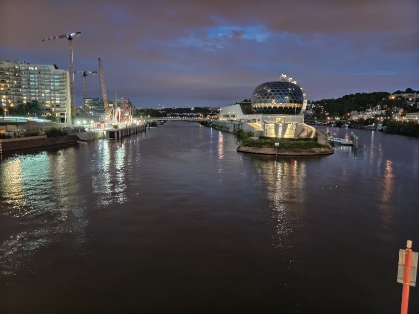 Foto de noche tomada con el Redmi K30 Pro Zoom Edition