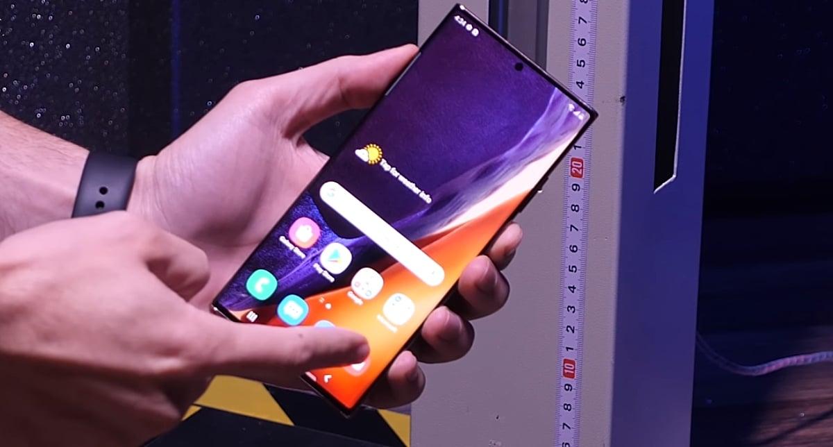 Samsung Galaxy Note 20 Ultra en pruebas de de caídas