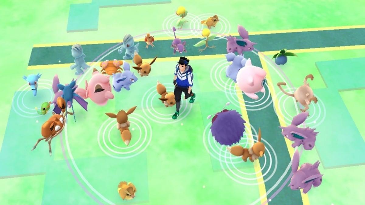 Pokémon Go jugando