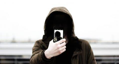 Espiar cámara movil otra persona