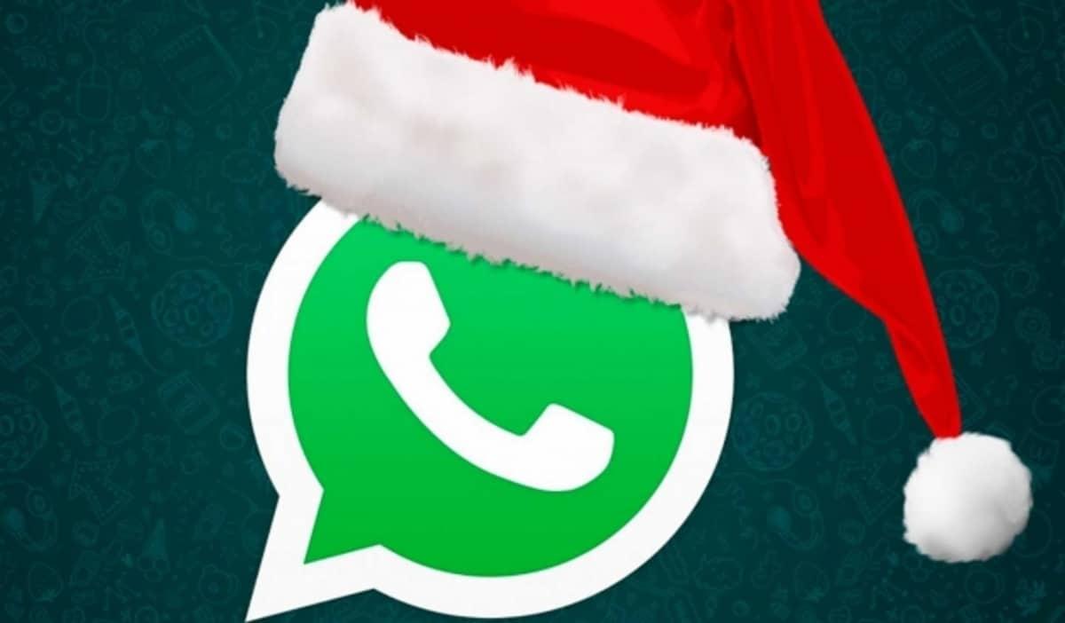 WhatsApp gorro navideño