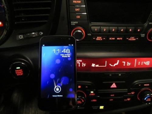 Modificación Galaxy Nexus con cargador Palm