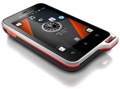 Sony Ericsson Xperia Active, un smartphone resistente al agua con Android 2.3 Gingerbread